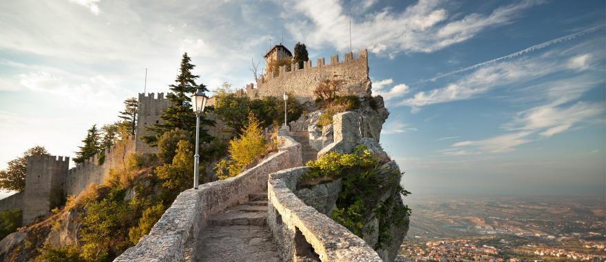 39 charm of san marino italy tour pompeii ruins leaning for Flights to san marino italy